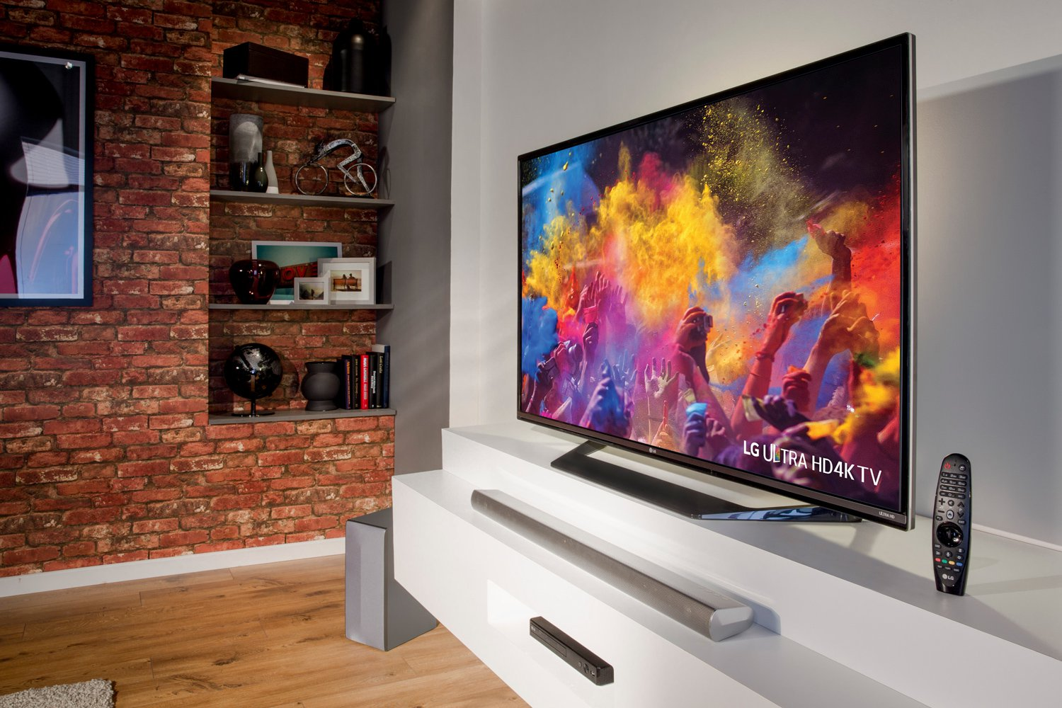 review new lg 4k uhd tv with hdr dolby vision smarthouse. Black Bedroom Furniture Sets. Home Design Ideas
