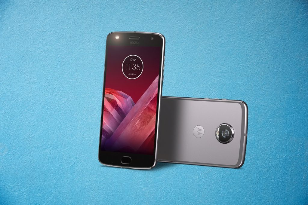 Moto Z2 Play Phone6 1024x682 Review: Moto Z2 Play Is A Leaner & Meaner MotoMod Machine
