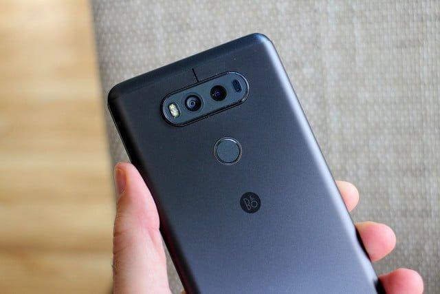 LG V20 Back New Google Pixel 2 Set To Struggle As Samsung & Apple Do Battle For Premium Sales