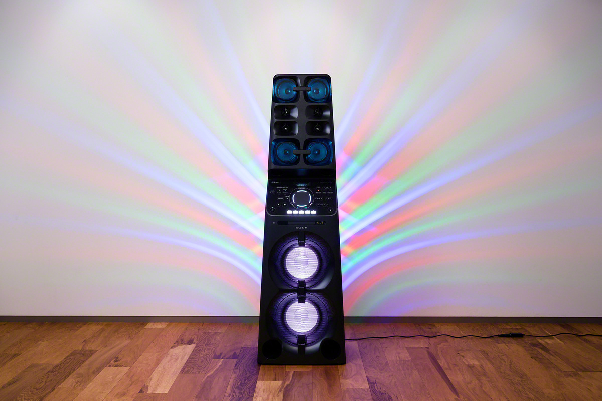 Sony V90DW Speaker 1 Sony Takes Sound System To New Heights