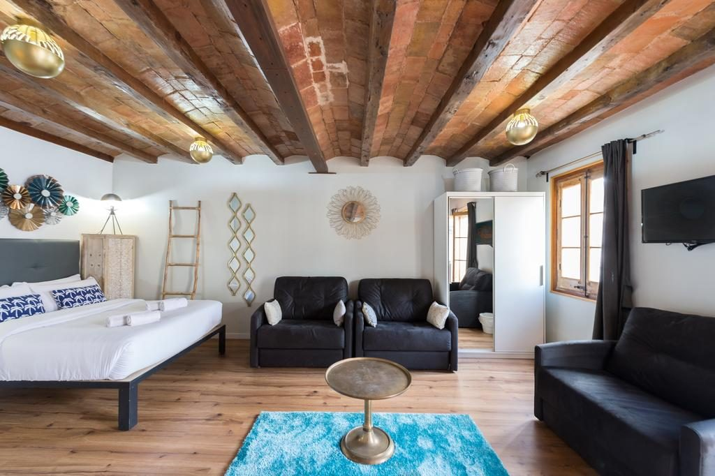69405159 1024x682 Barcelona: Street Apartments Rip Off Dont Get Conned