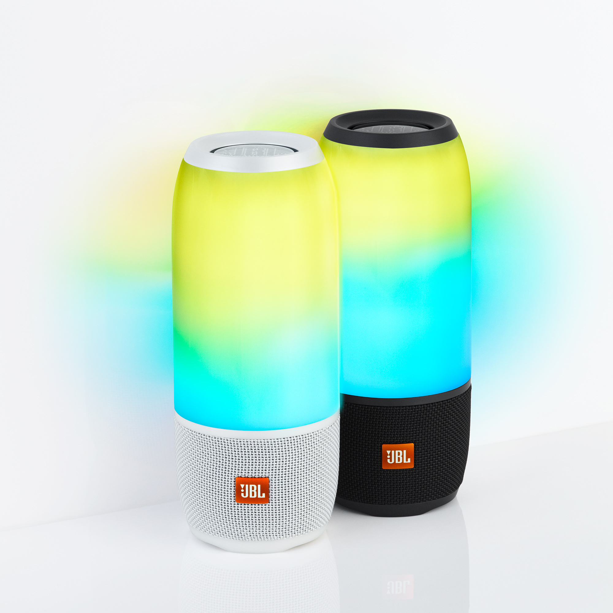 JBL Pulse 3 product JBL Shines A Light On New Pulse 3 Speaker