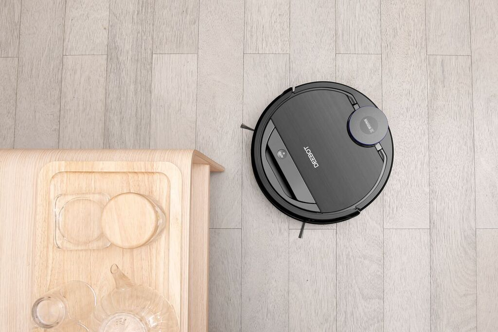 %name REVIEW: Ecovacs Ozmo 930   The Cleaner I Always Wished I Had