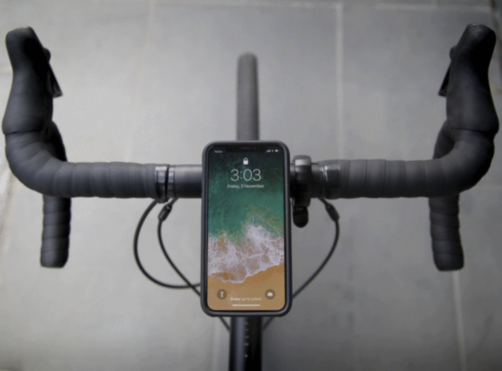 Quadllock iPhone X case 2 1024x757 REVIEW: Quad Locks iPhone X Bike Mount Offers A Worry Free Ride