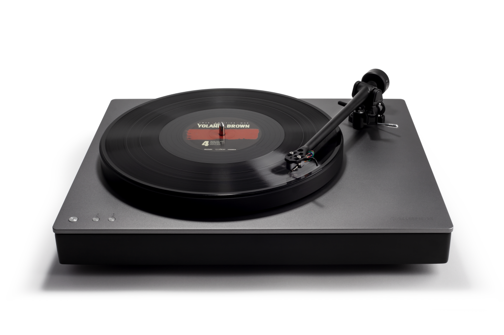Alva TT Top Angle 1024x682 All In One Turntables Offer A Modern, Minimalist Introduction To Vinyl