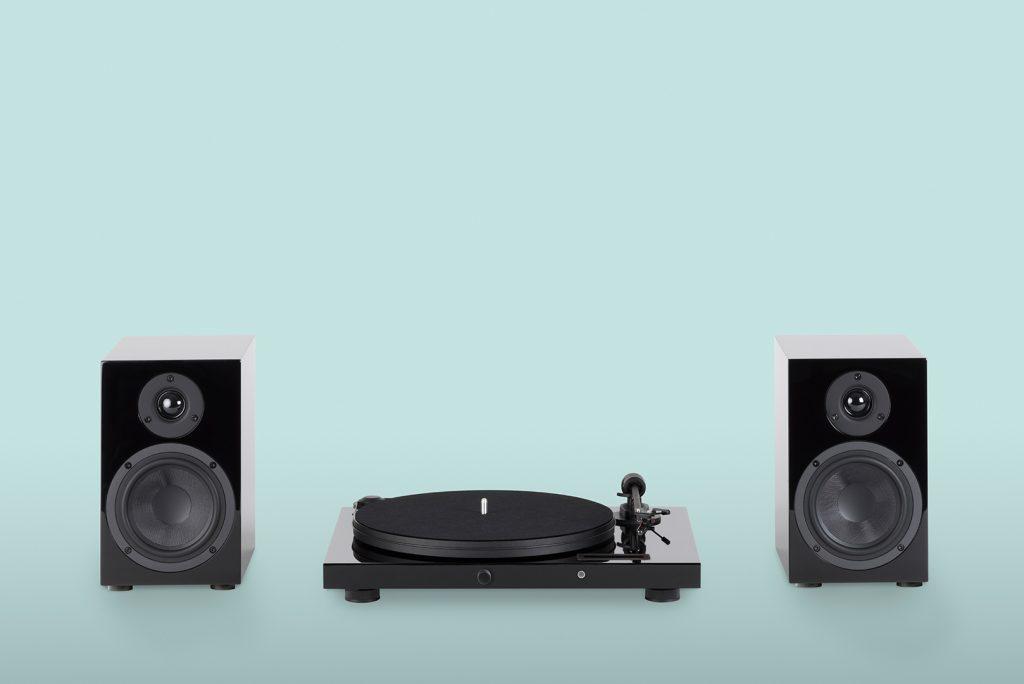 Juke Box E 1024x684 REVIEW: Pro Ject Juke Box E, Record Turntable + Speaker Combo