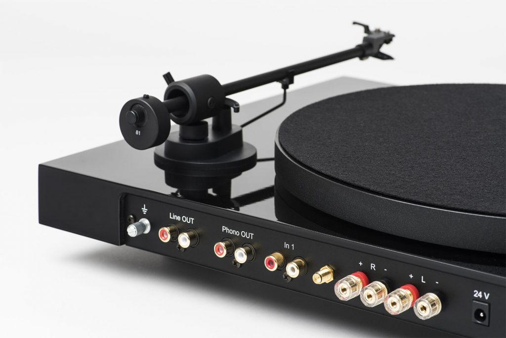 Eg3xNMzw 1024x684 REVIEW: Pro Ject Juke Box E, Record Turntable + Speaker Combo